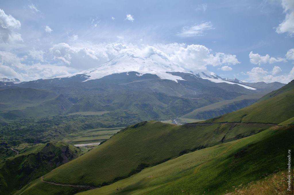 Вид на Эльбрус с горы Сирх